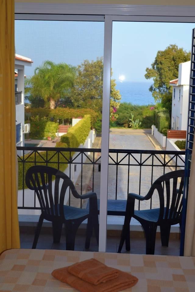 Villa Cresslan - 2 Bedroom Villa - 100m from Beach photo 25838717