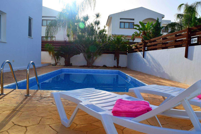 Apartment Villa Cresslan - 2 Bedroom Villa - 100m from Beach photo 25912378