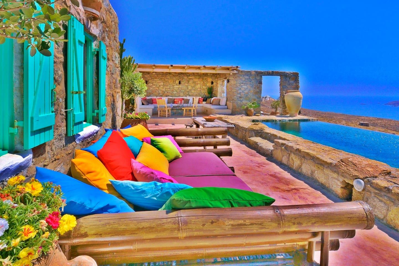 Spoiling artistic villa - stuning panoramic views photo 16972760