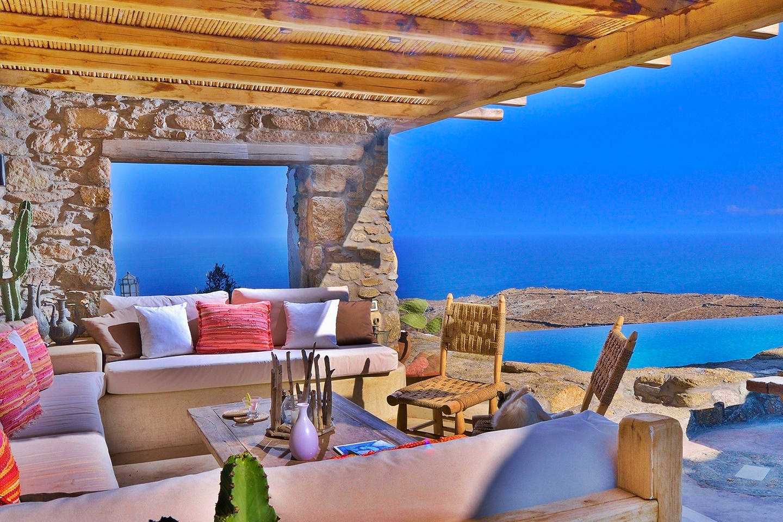 Spoiling artistic villa - stuning panoramic views photo 16972766