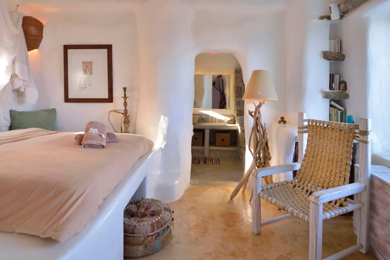 Apartment Spoiling artistic villa - stuning panoramic views photo 16972772