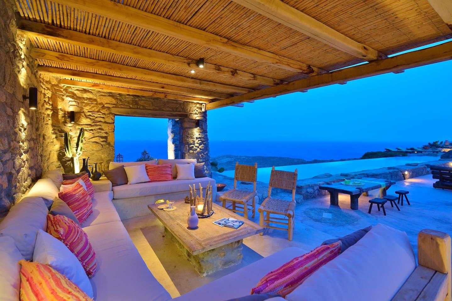 Apartment Spoiling artistic villa - stuning panoramic views photo 16972794