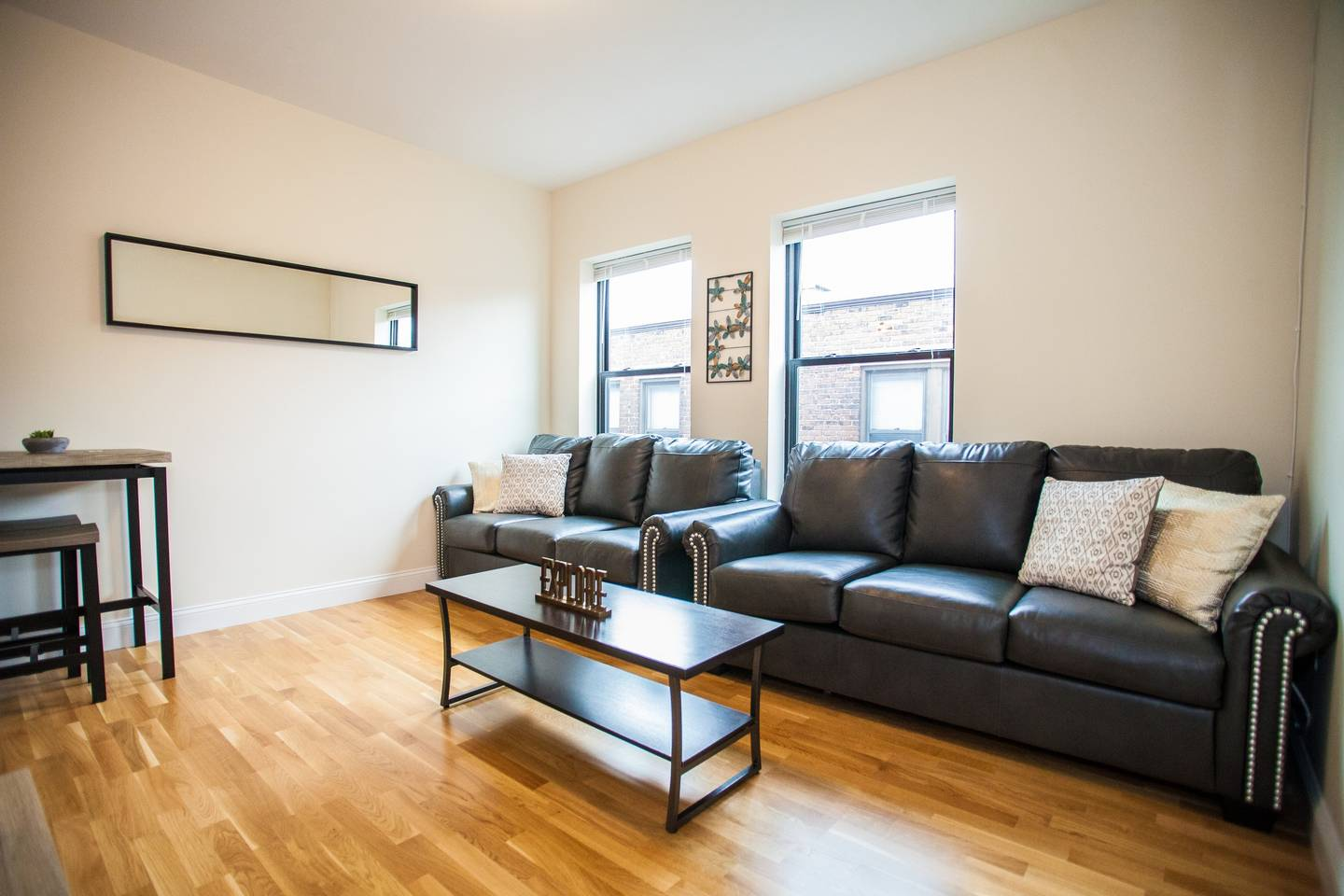 4 Beds & 2 Bath ~ Best Location in Downtown Boston photo 16254138