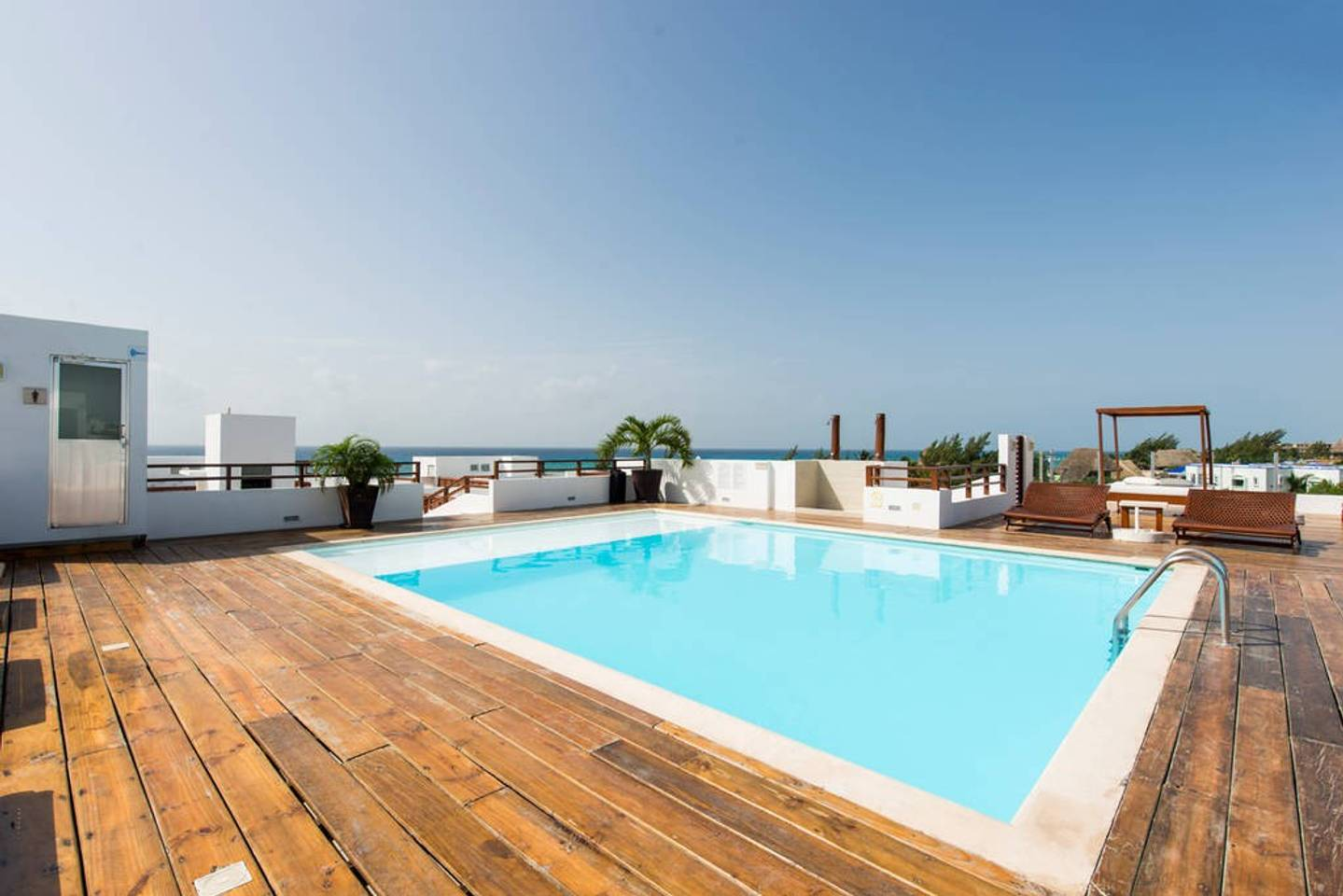 Luxury Condo step away from the sea photo 16269764