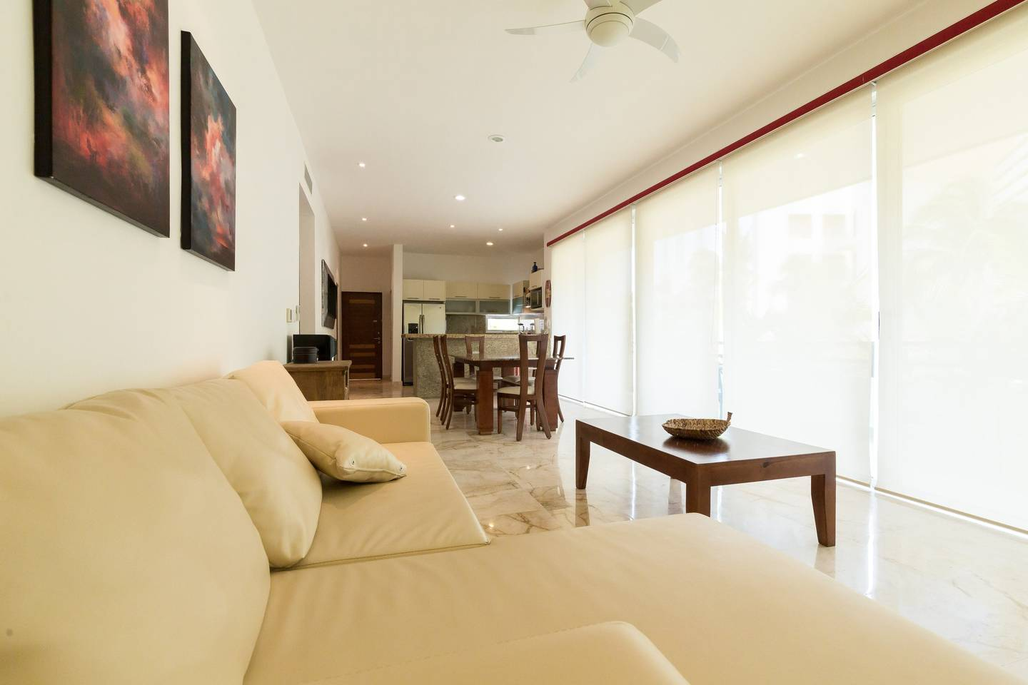 Apartment Luxury Condo step away from the sea photo 17046735