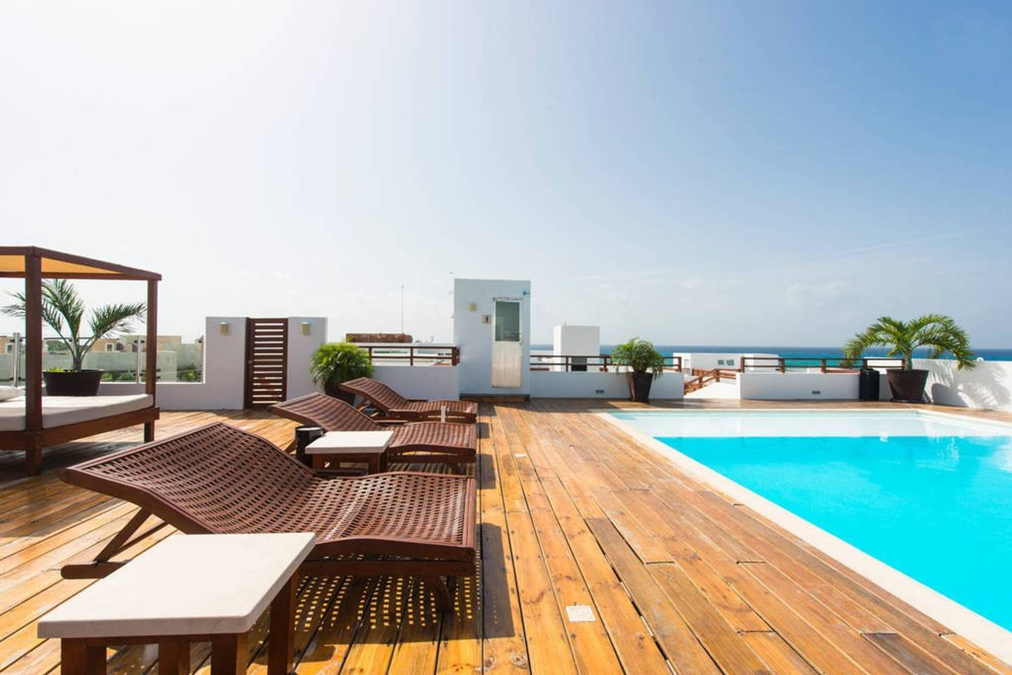 Apartment Luxury Condo step away from the sea photo 16979662