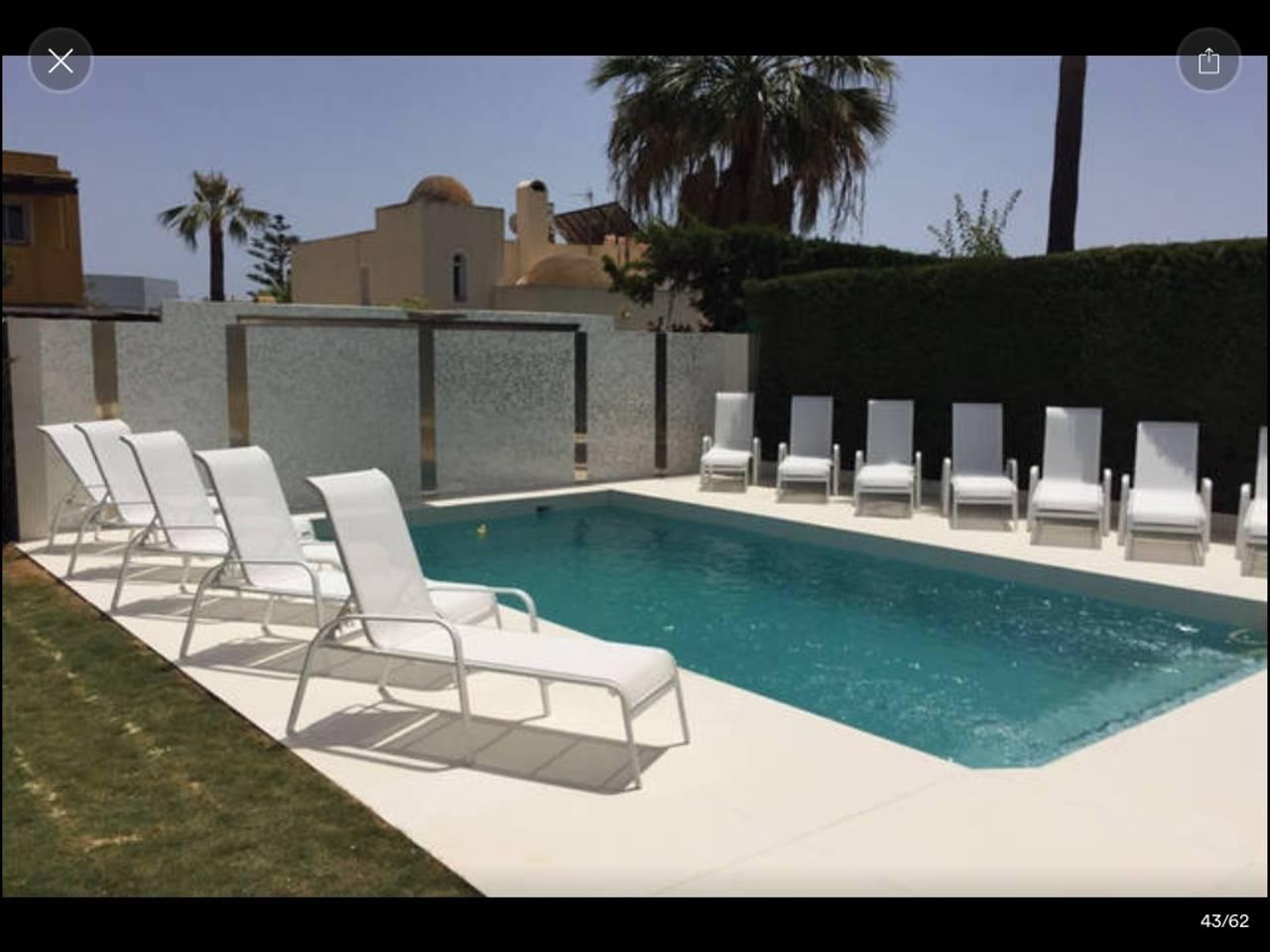 Apartment luxury 6 rooms villa with pool   jacuzzi - P banus photo 25684326