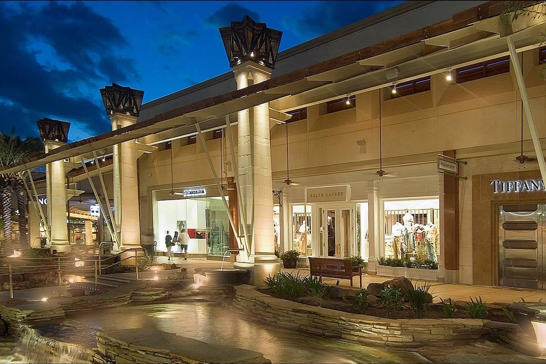 Apartment        Near UTSA   6 Flags      Medical Center Shopping photo 17012920