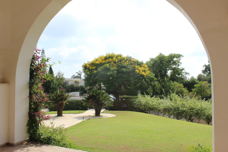 Apartment Amazing villa with pool  garden   playground photo 25978837