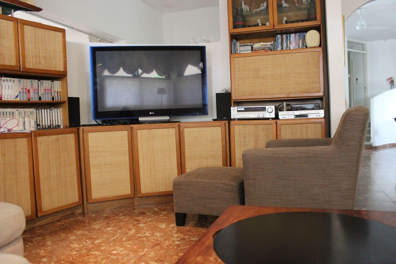 Apartment Amazing villa with pool  garden   playground photo 25978844