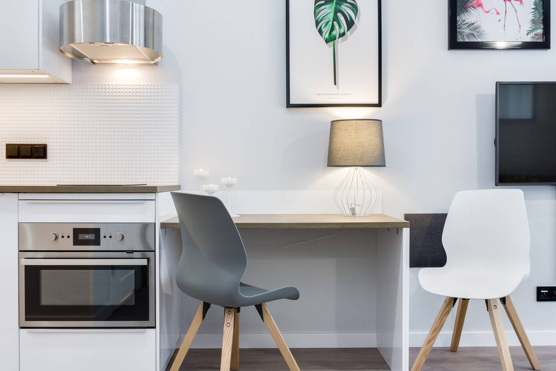 Modern Studio Apartment photo 18360586
