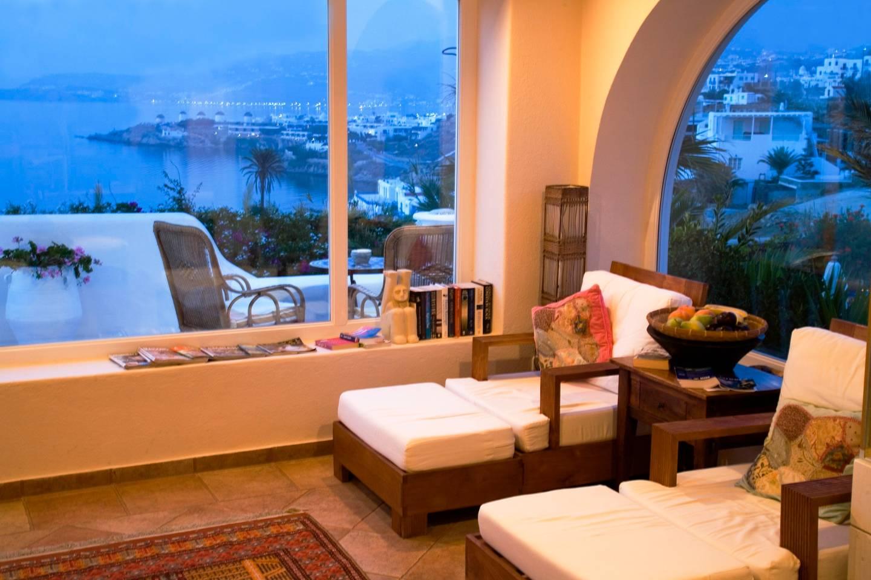 Luxurious gorgeous villa with 5 star hospitality photo 16523186