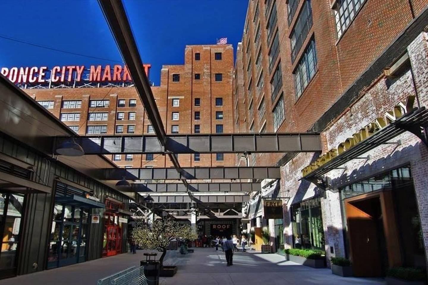 Apartment Ponce City Apartment in the        of Midtown photo 25452865