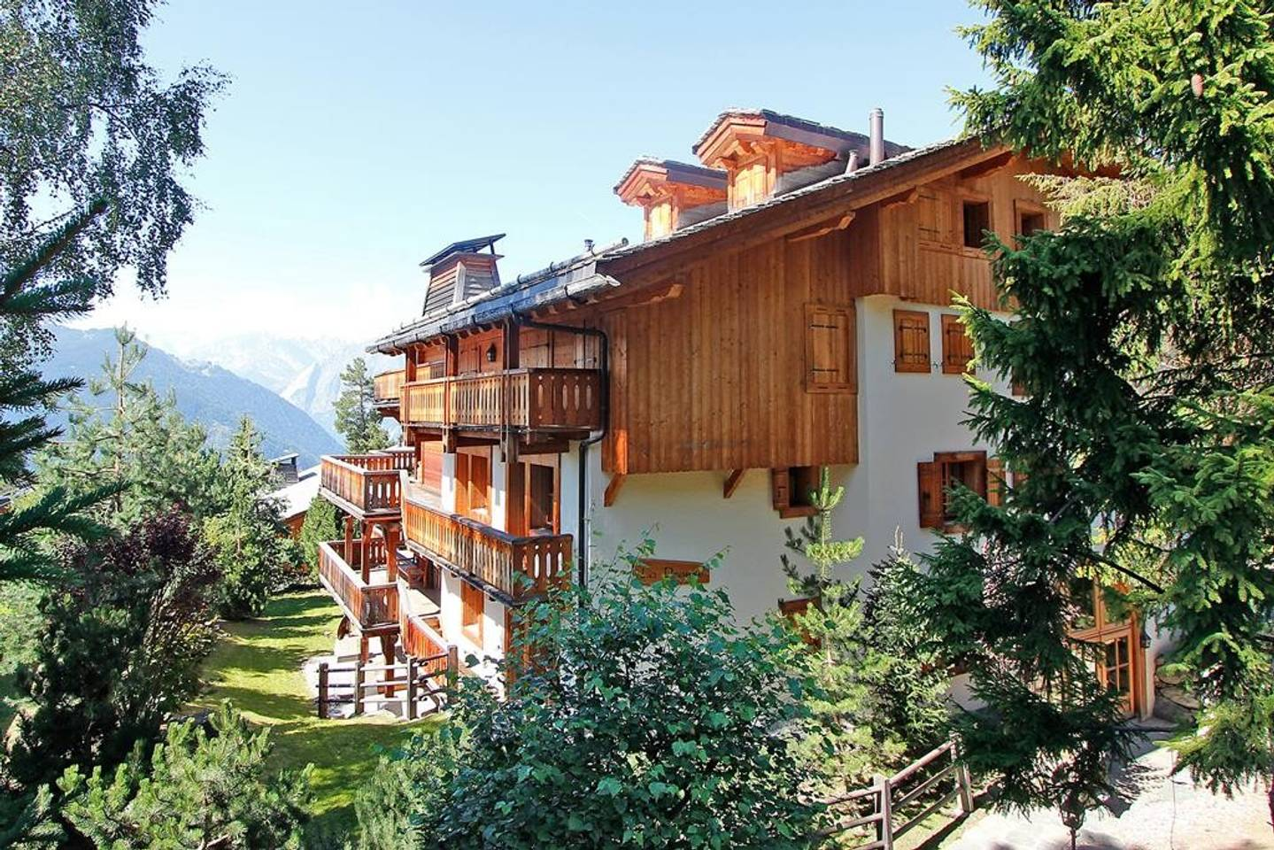Apartment Magical Chalet for your Dream Vacation photo 25632503