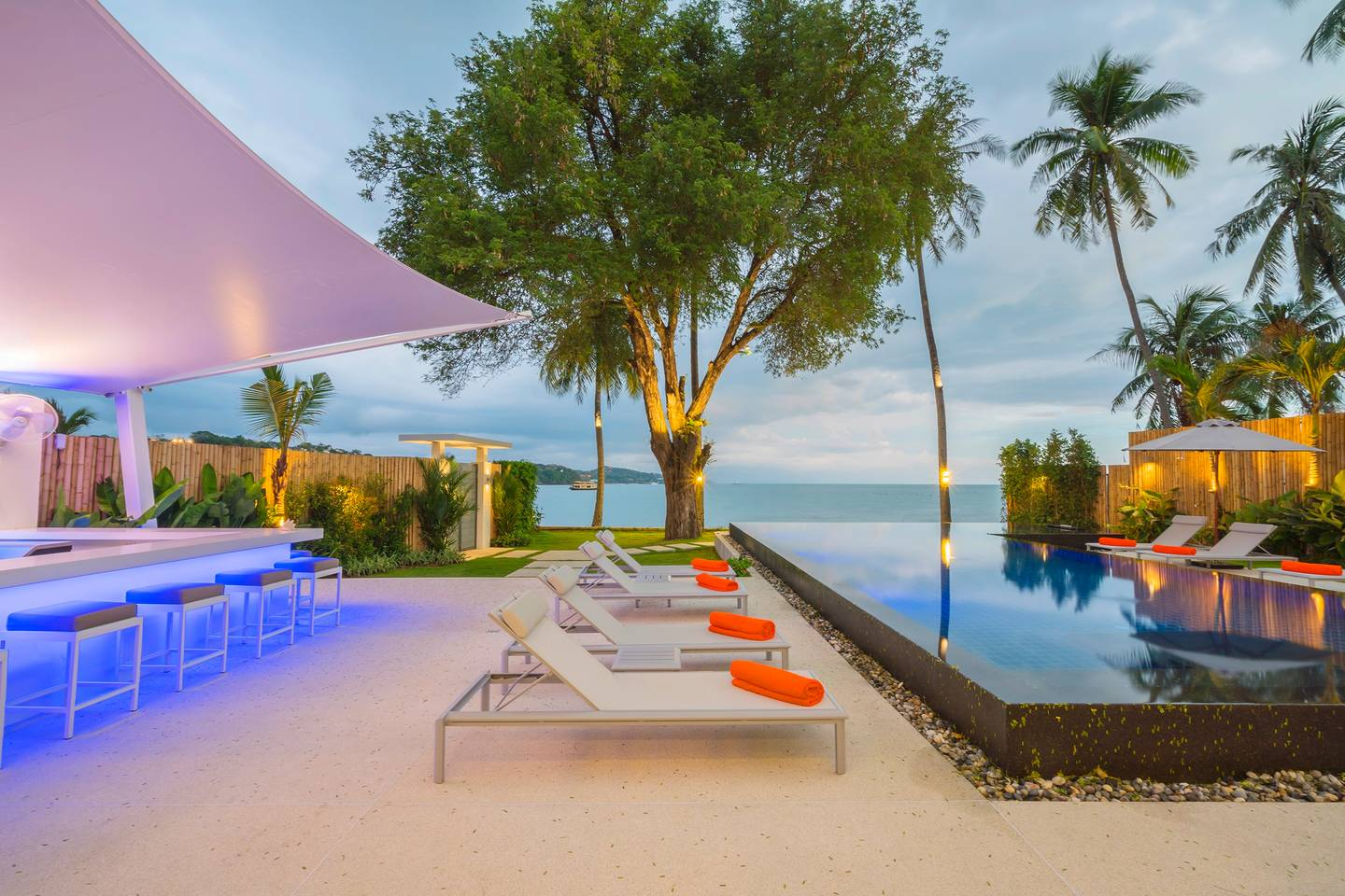 Apartment 10 BR Villa on Phuket s most exclusive beachfront photo 25608967