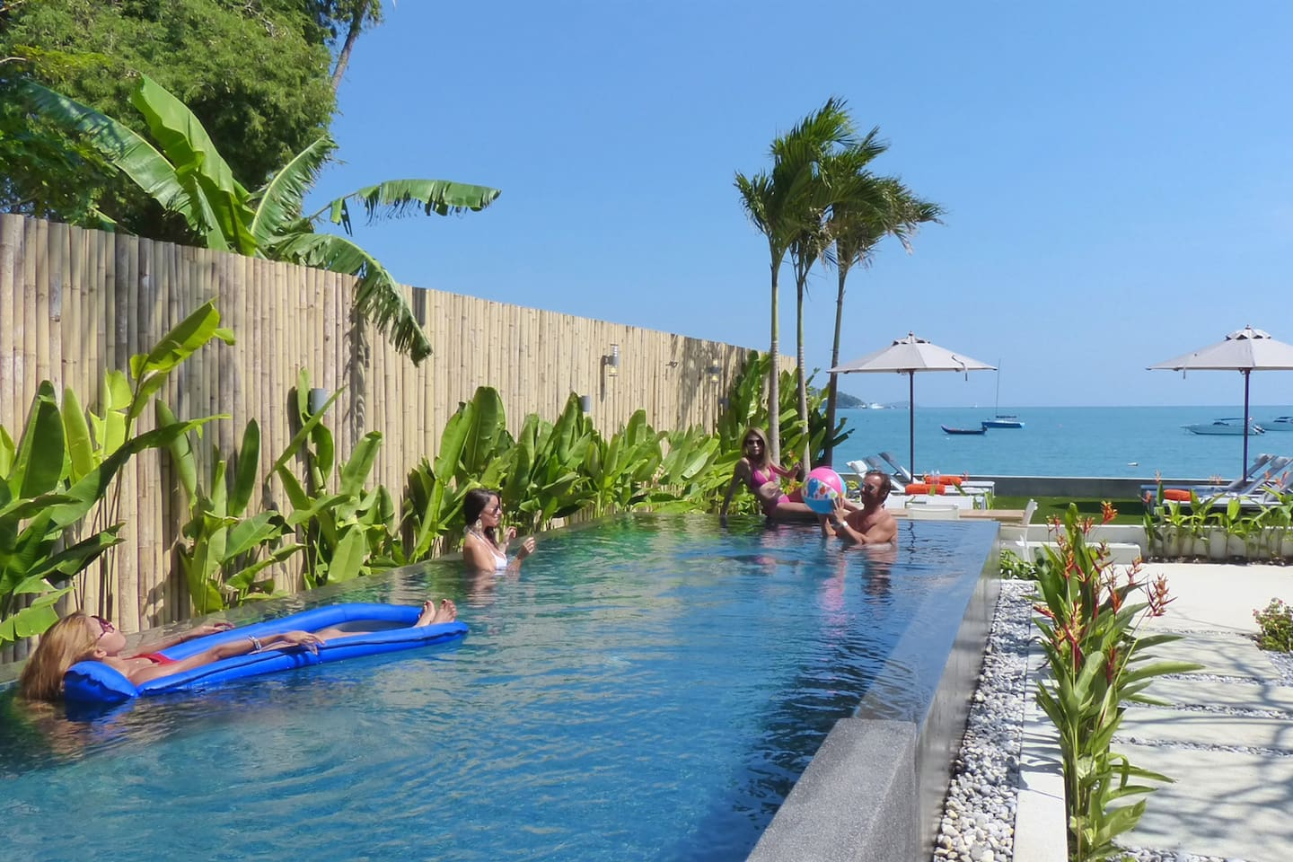 Great  modern Seafront Villa with Infinity Pool photo 23855348