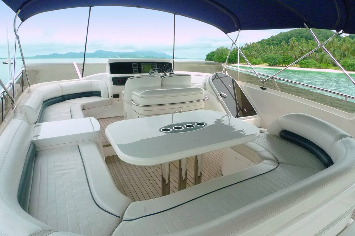 Fully catered Luxury Yacht in amazing Thailand photo 25541143