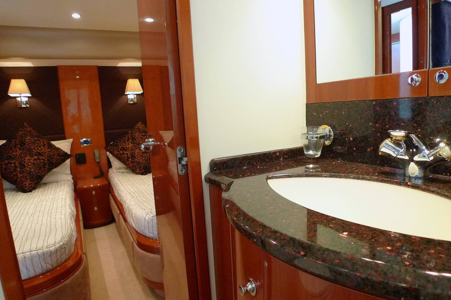 Apartment Fully catered Luxury Yacht in amazing Thailand photo 25937366