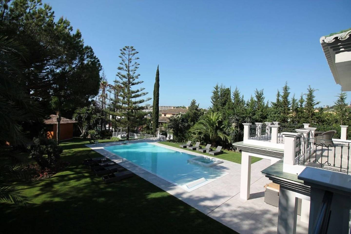 Apartment CHIC Spanish Villa pool   spa next to golf cours photo 25684335