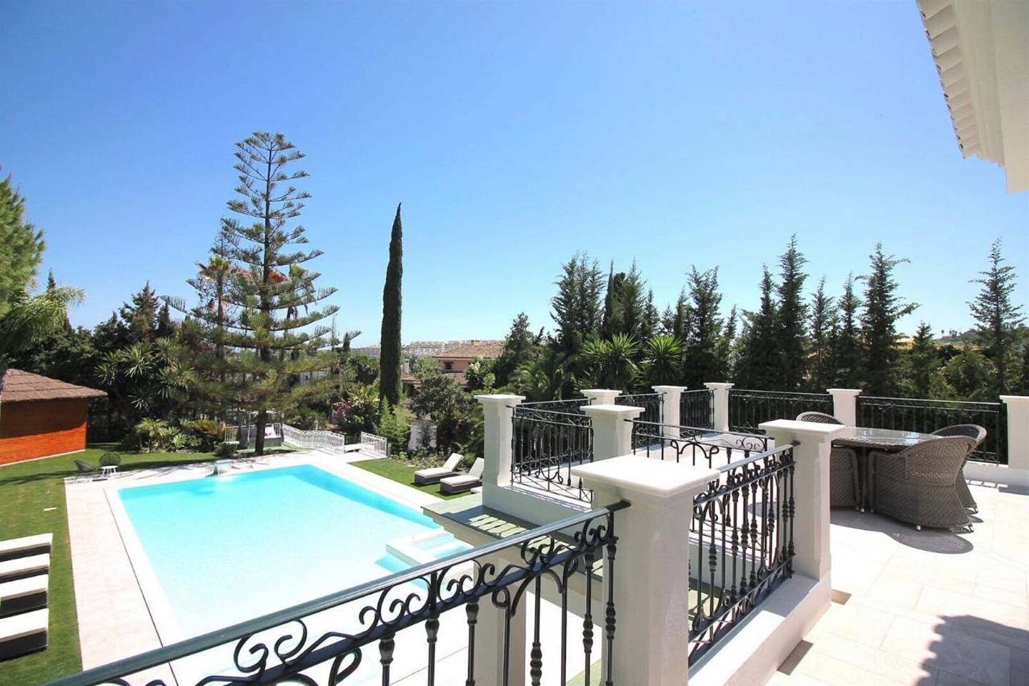 Apartment CHIC Spanish Villa pool   spa next to golf cours photo 25684339