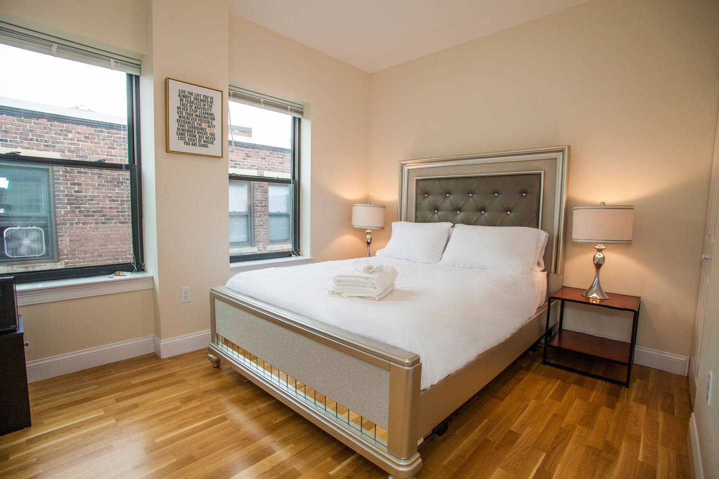4 Beds & 2 Bath ~ Best Location in Downtown Boston photo 16065748