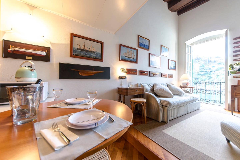 Apartment Hintown Stylish Seaview Apartment in Portofino photo 18397281