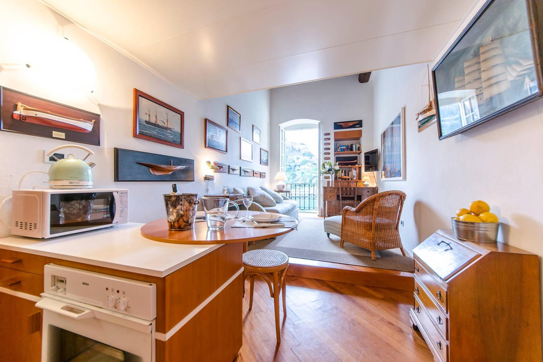 Apartment Hintown Stylish Seaview Apartment in Portofino photo 17559534