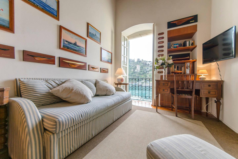 Hintown Stylish Seaview Apartment in Portofino photo 18397269