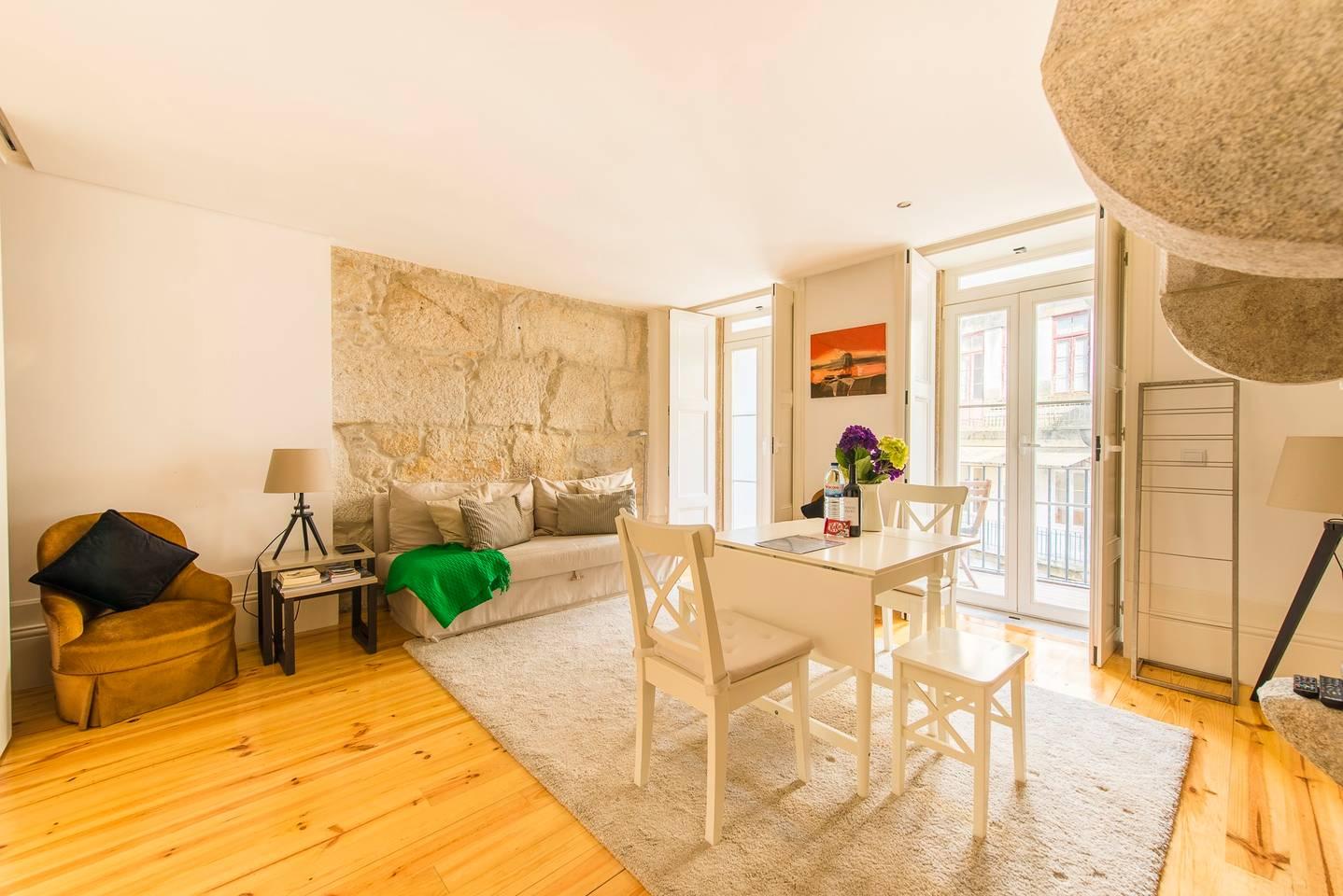 DA'Home - Almada Unique Apartment photo 16395950