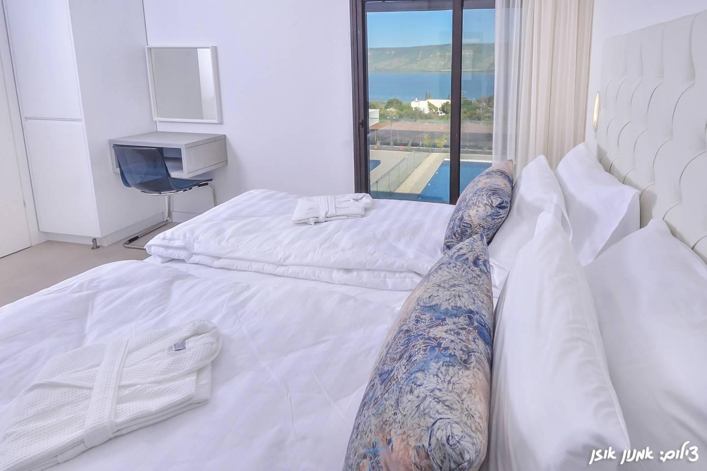 Amazing  modern villa on the sea of Galilee photo 23405823