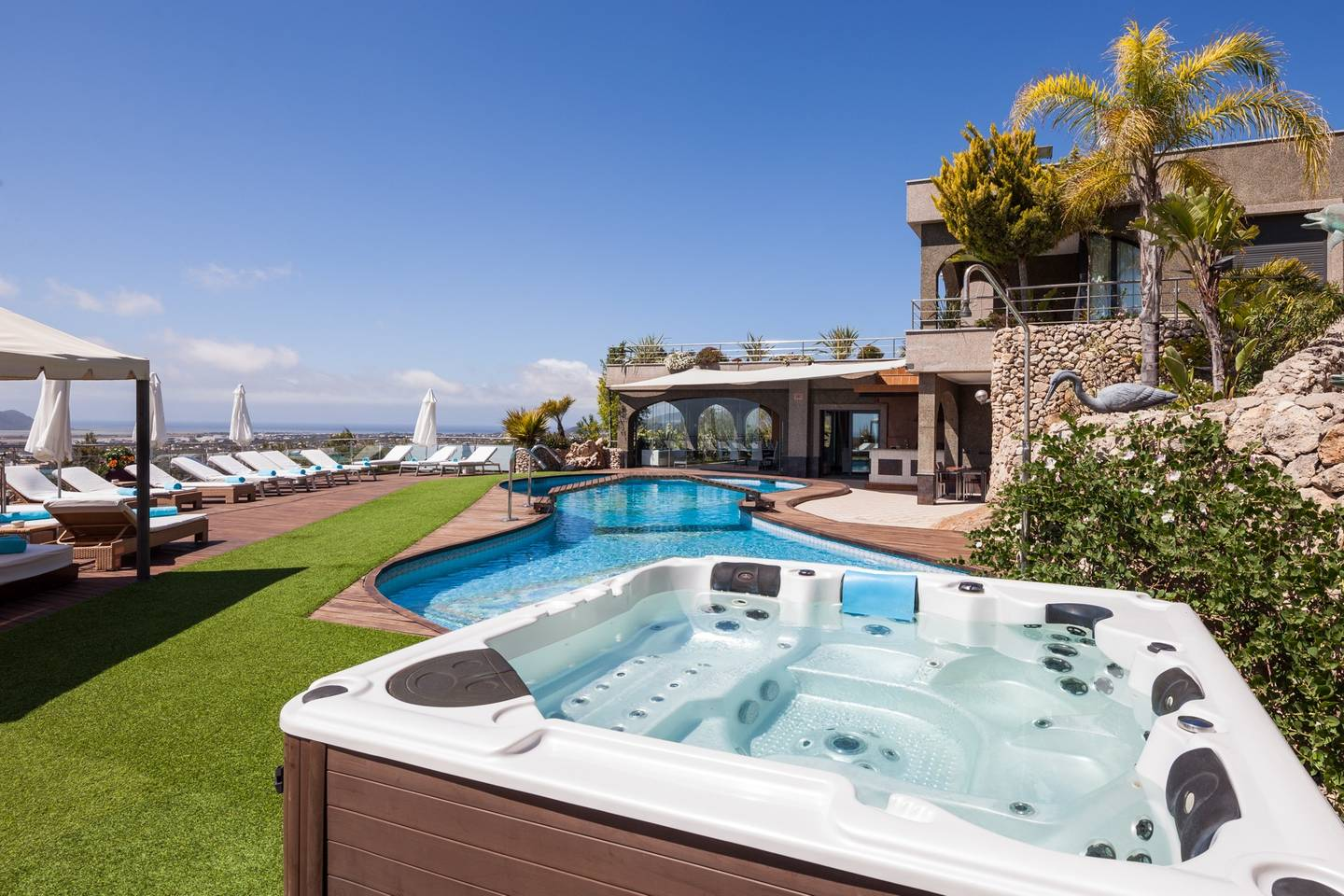 Amazing luxurious 10 BR Villa with stunning views photo 23929206