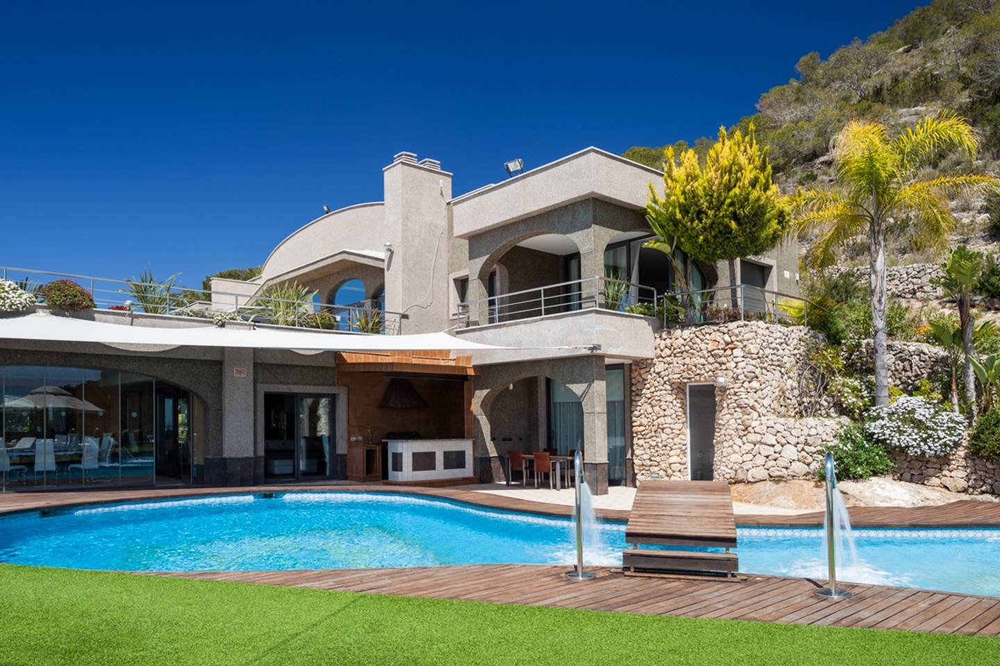 Apartment Amazing luxurious 10 BR Villa with stunning views photo 18527297