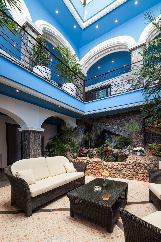 Apartment Amazing luxurious 10 BR Villa with stunning views photo 28573228
