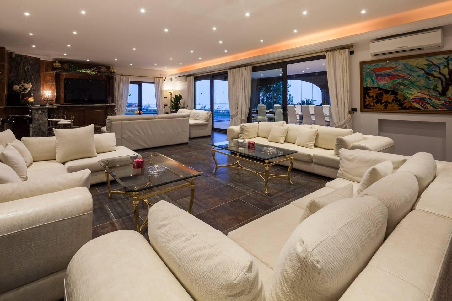 Apartment Amazing luxurious 10 BR Villa with stunning views photo 28573266