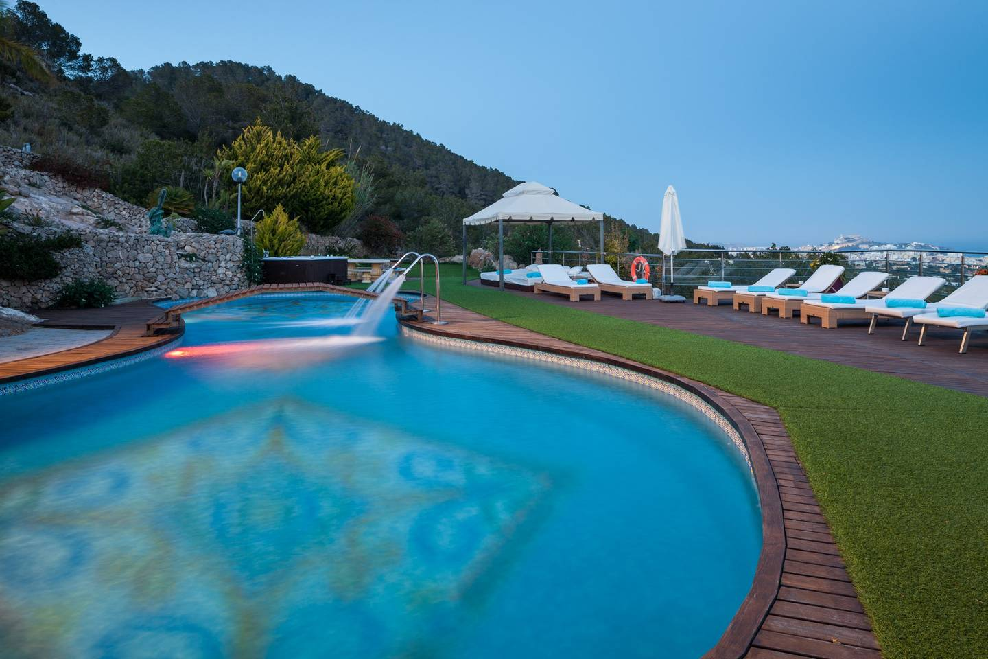 Apartment Amazing luxurious 10 BR Villa with stunning views photo 18664116