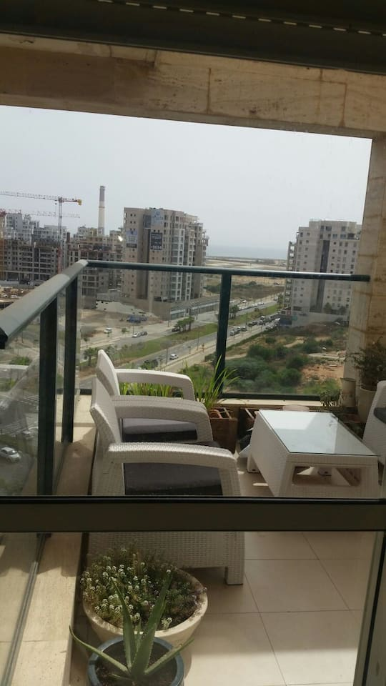 Ramat Aviv great APT with pool gym & close to mall photo 19218884