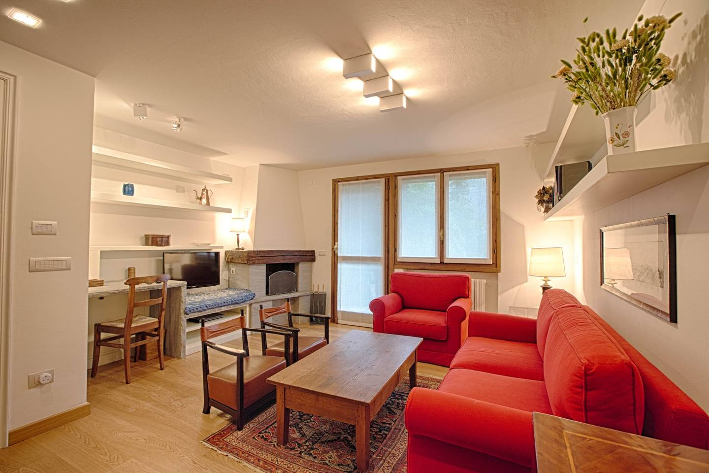 Hintown Charming Style Flat Courmayeur PlanGorret photo 15869576