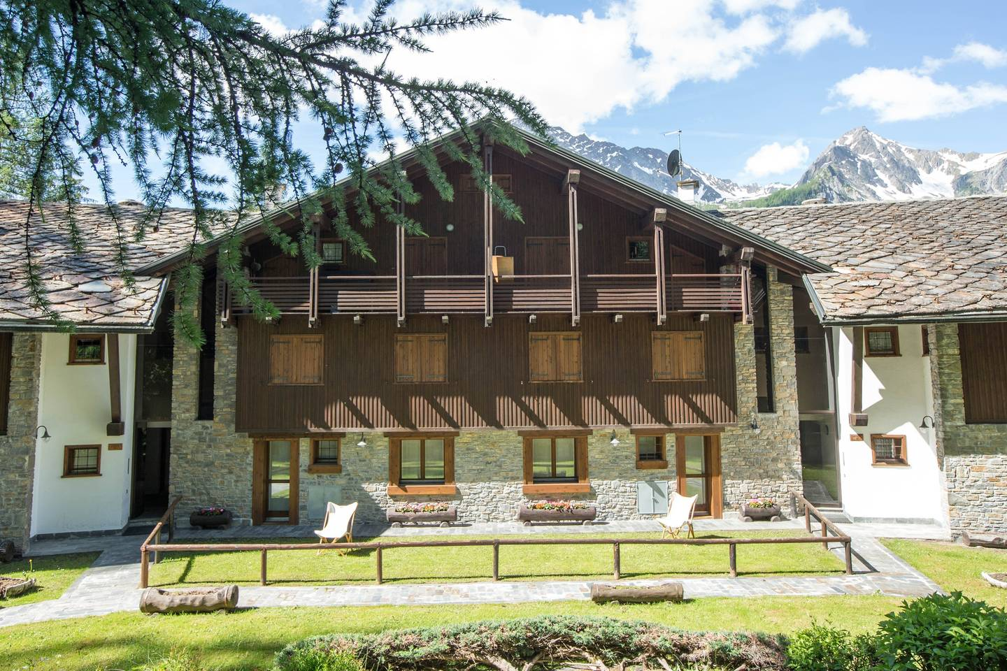 Hintown Charming Style Flat Courmayeur PlanGorret photo 16537081