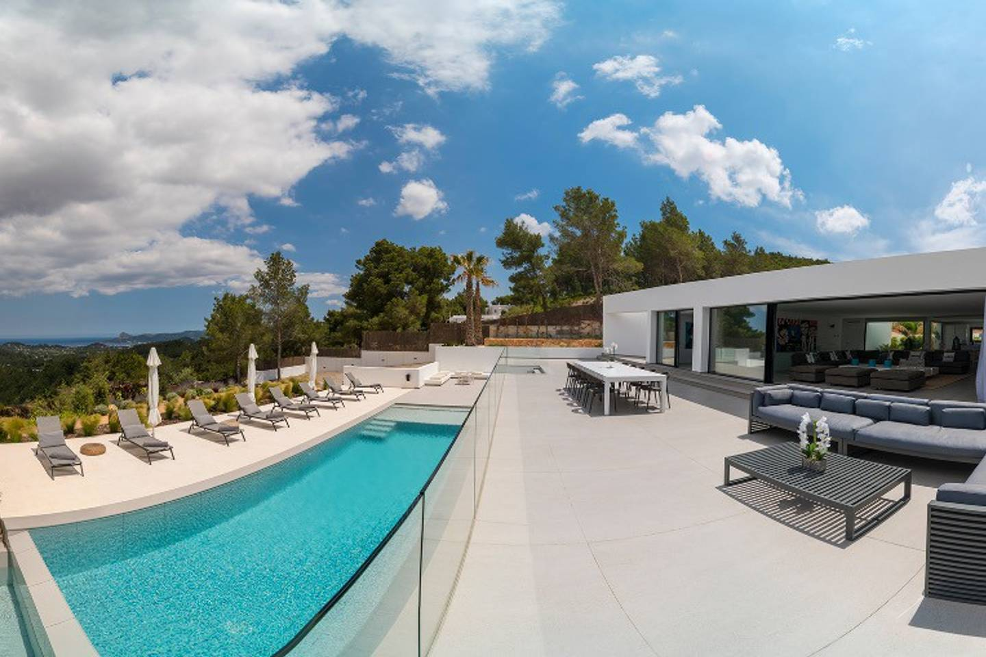 Apartment PERFECT  designer made villa in central ibiza photo 28512137