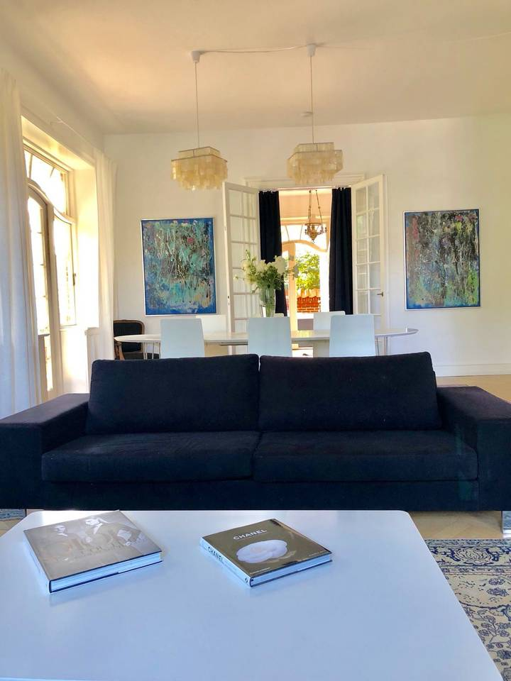 Apartment Super luxurious flat  villa-best place in town photo 28512048