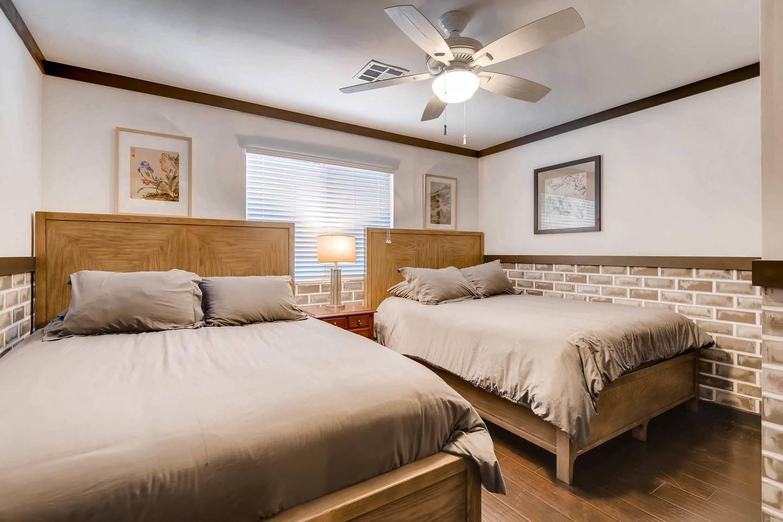Apartment 7BD 5BA Mansion w  Lazy River Hot Tub Sleeps 26 photo 16926130