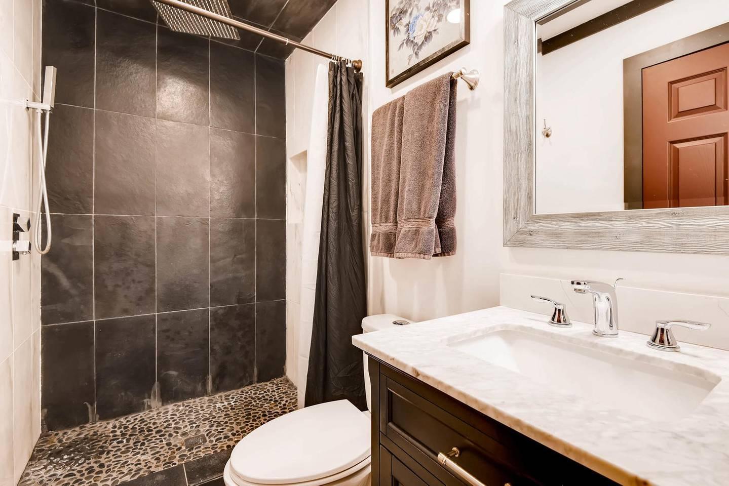 Apartment 7BD 5BA Mansion w  Lazy River Hot Tub Sleeps 26 photo 16926142