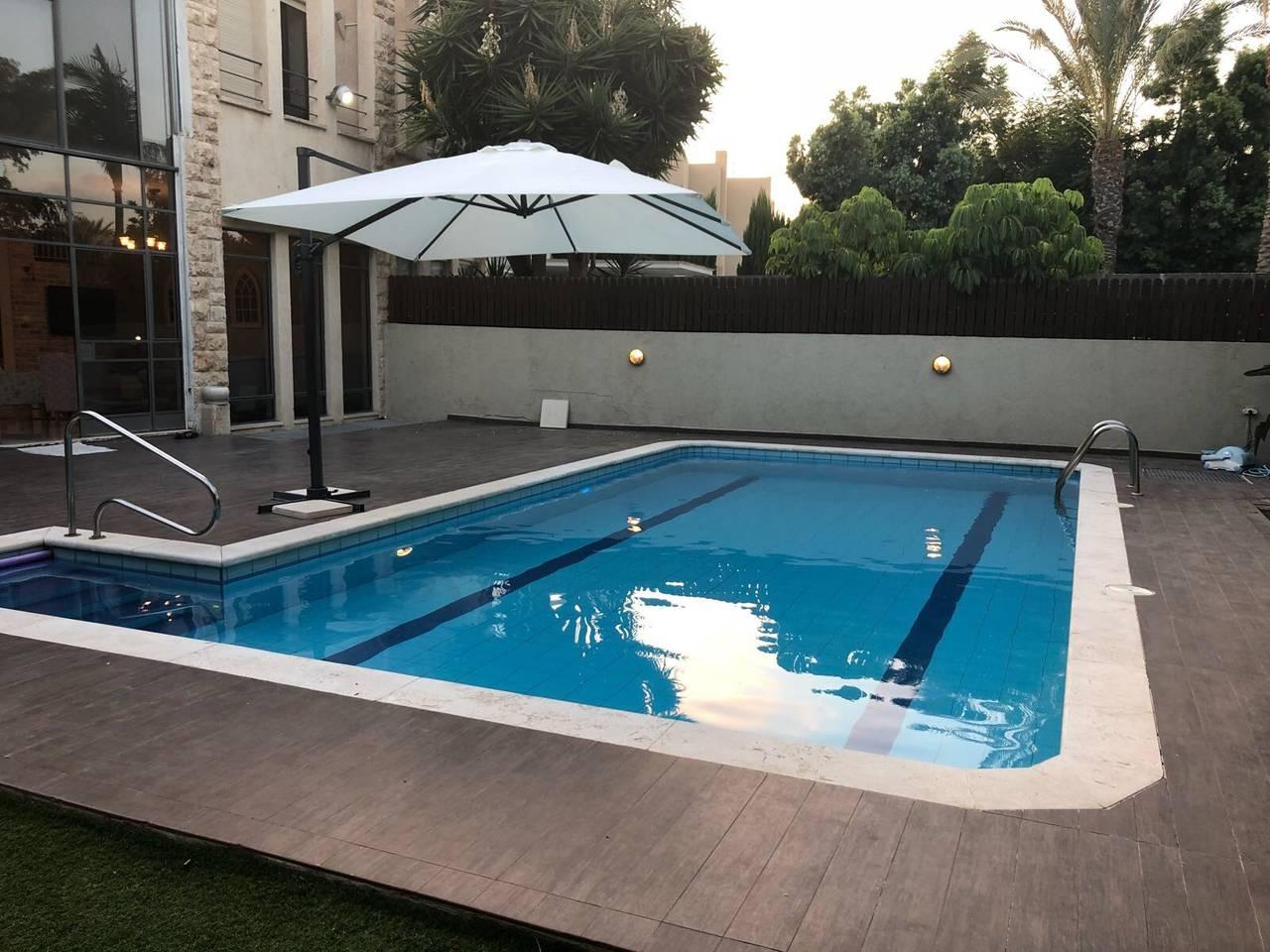 Amazing big villa with elevator and pool photo 25978620