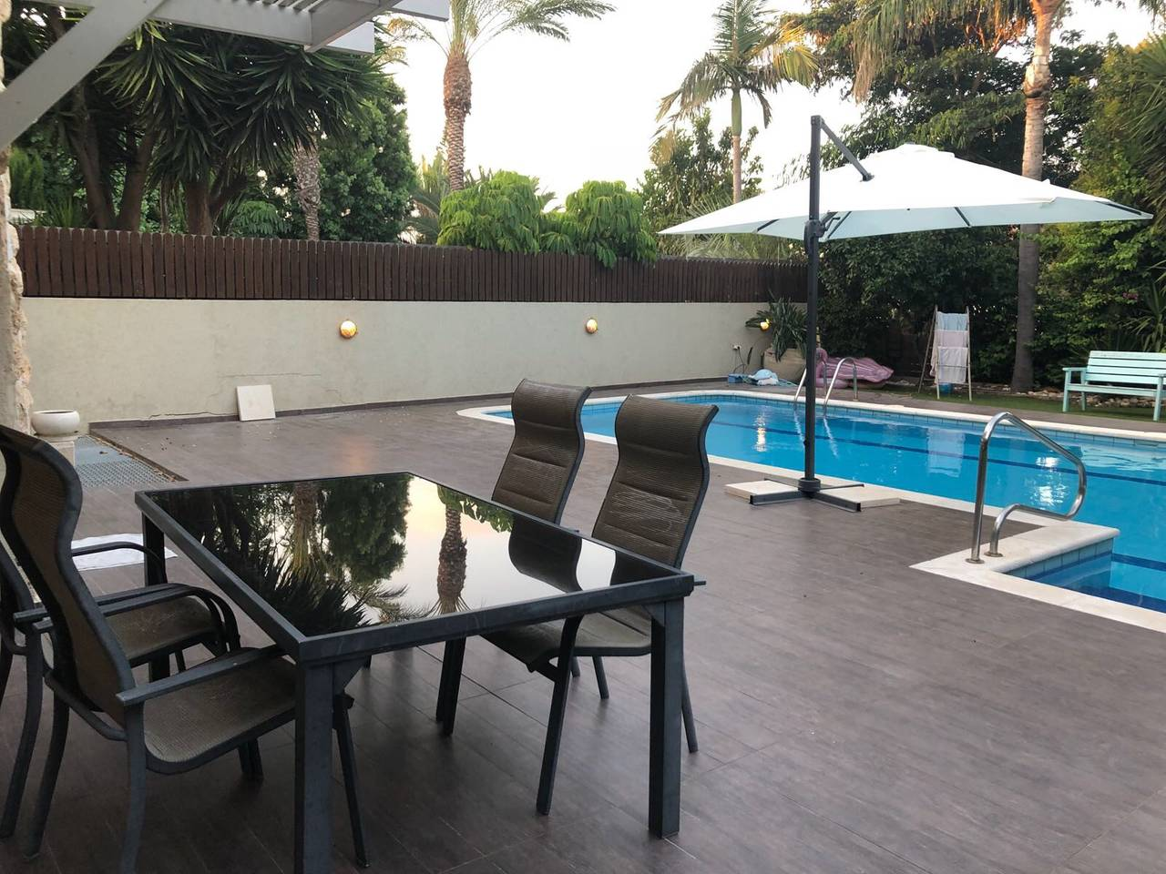Apartment Amazing big villa with elevator and pool photo 25939314