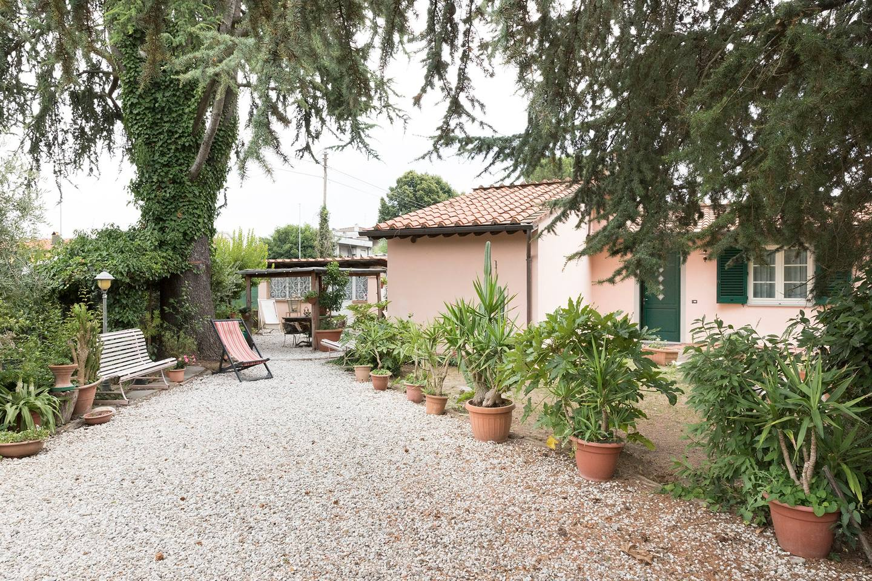 Villino Lorenzelli near the city wall photo 15967428