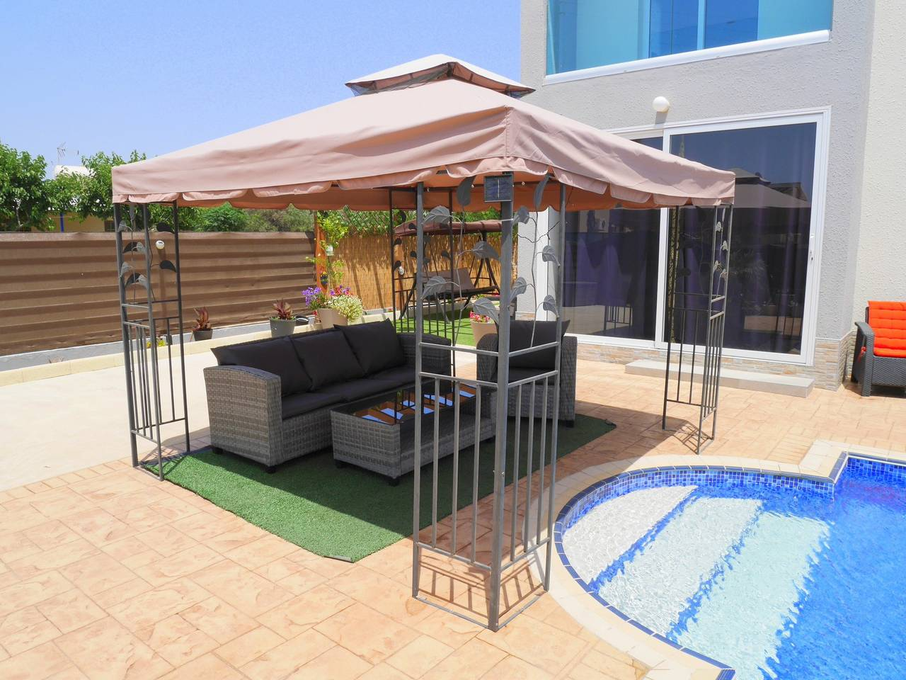 Apartment Luxury 4 Bedroom Villa with Walk-In Private Pool photo 18317057