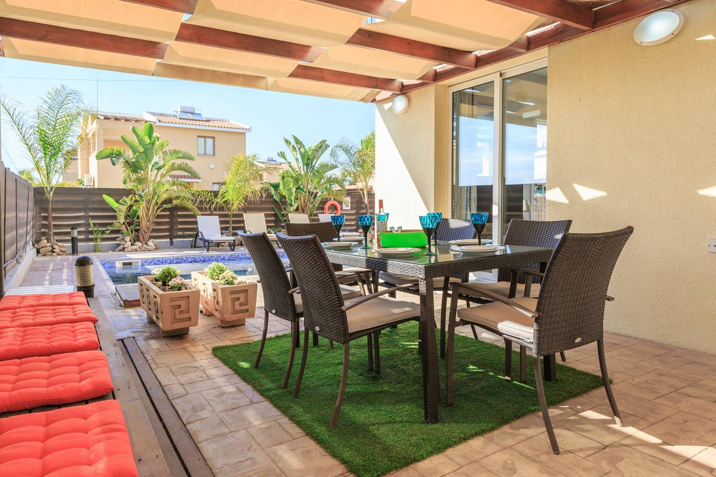 Apartment Luxury 4 Bedroom Villa with Walk-In Private Pool photo 18098926