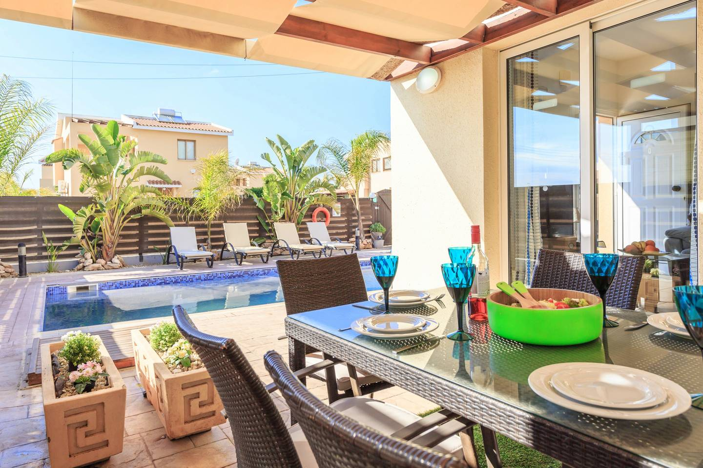 Apartment Luxury 4 Bedroom Villa with Walk-In Private Pool photo 17992628