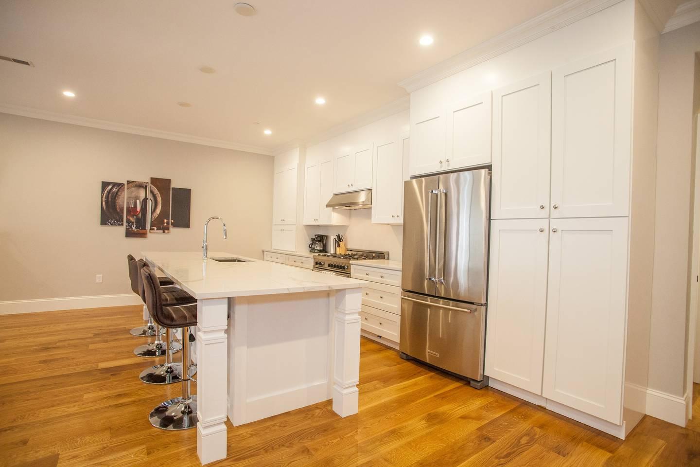 Apartment Luxury Condo Downtown Boston Sleeps 10 3 Full Bath photo 16814014
