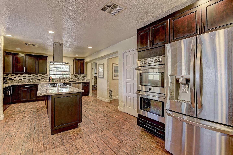 Apartment 9Bd 8Ba Hawaiian Oasis 4 2 miles from the strip photo 16591684